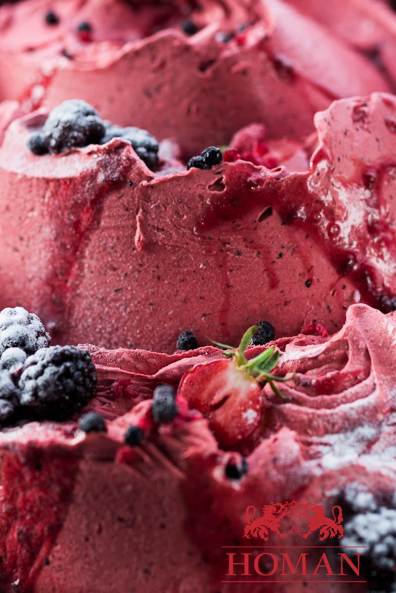 sladoled gozdni sadeži